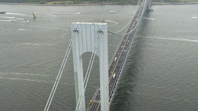 A view of the Verrazano Narrows Bridge on