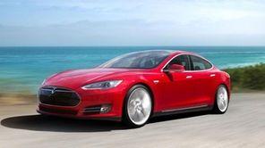 Tesla Model S - CROP