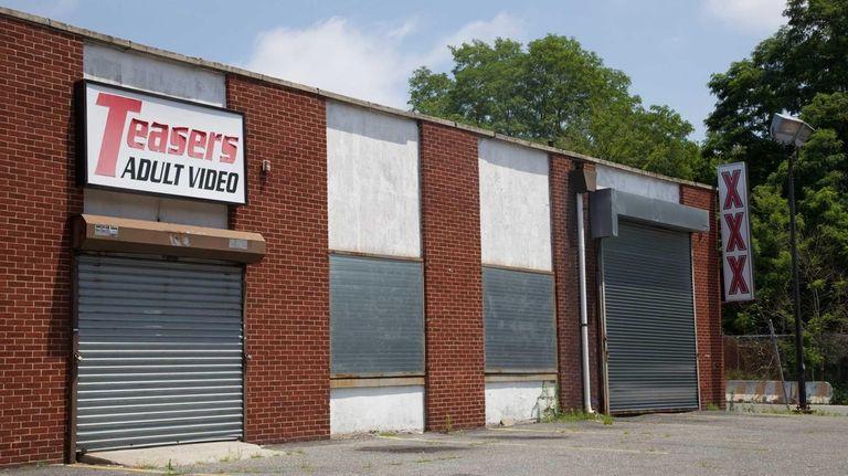 Teasers Adult Video Store in Deer Park on