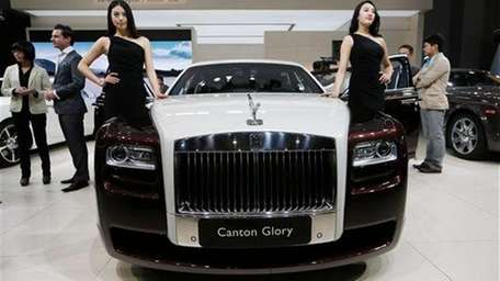 A Rolls-Royce Canton Glory is on display at