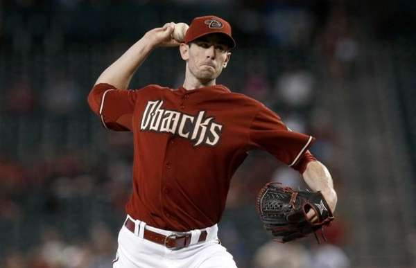Arizona Diamondbacks' Brandon McCarthy throws a pitch to