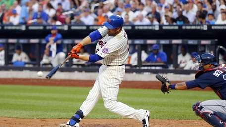 Lucas Duda of the Mets connects on a