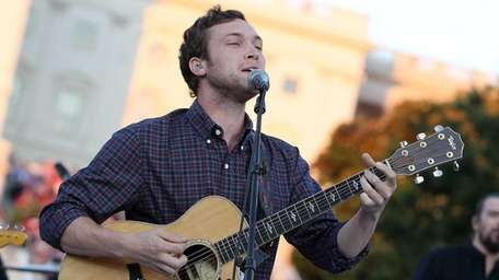 Phillip Phillips performs at the U.S. Capitol on
