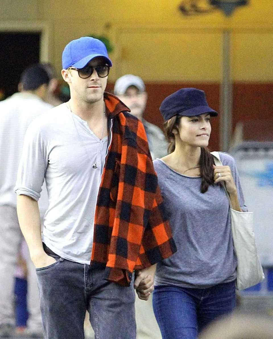 Actors Eva Mendes and Ryan Gosling, who met