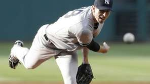 Yankees' Brandon McCarthy delivers in the first inning