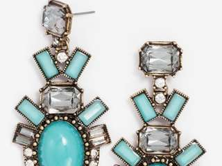 Nordstrom has partnered with online fashion jewelry company