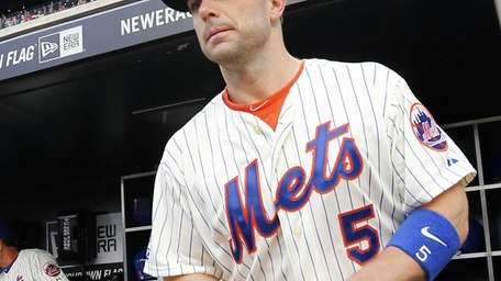 David Wright of the Mets takes the field