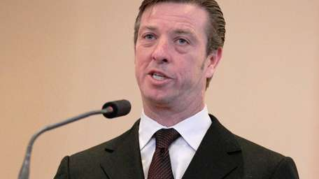 Sea Cliff Mayor Bruce Kennedy speaks on Monday,