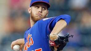 Zack Wheeler of the Mets delivers a pitch