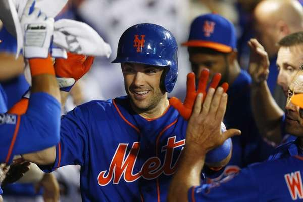David Wright of the Mets celebrates his fifth