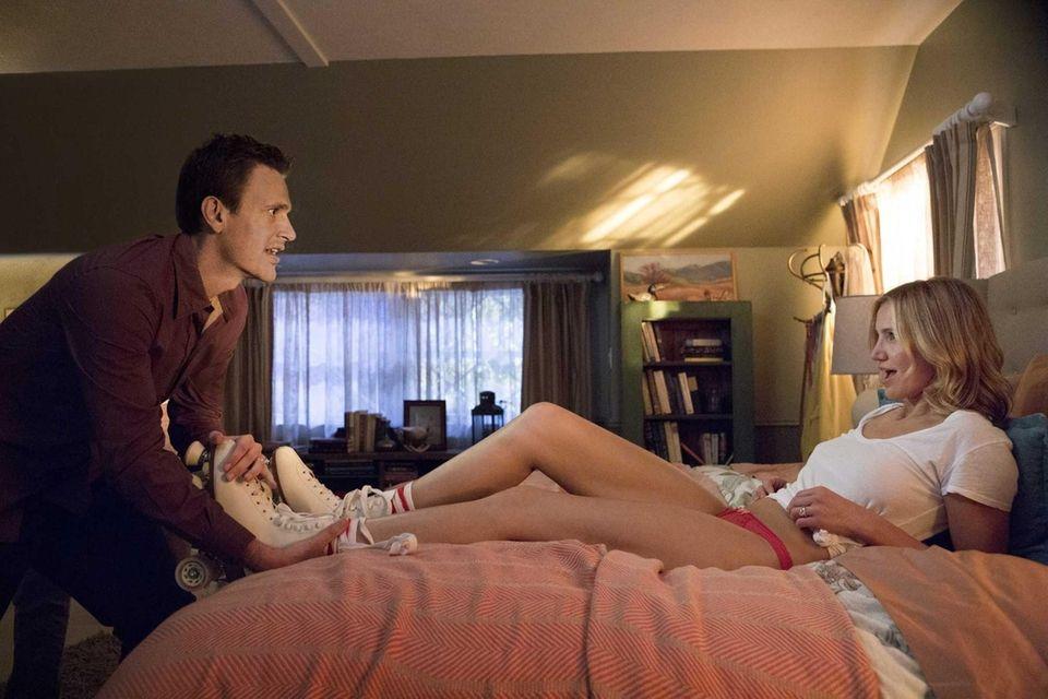 Jay (Jason Segel) and Annie (Cameron Diaz) in
