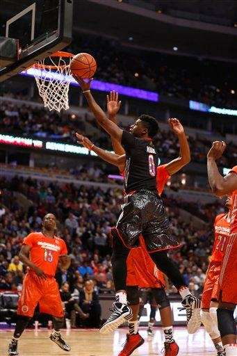 McDonald's West All-American Emmanuel Mudiay shoots a layup
