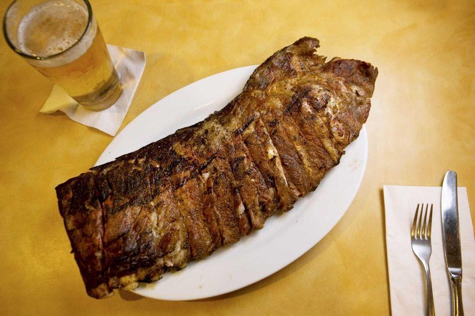 Tennessee Jed's BBQ Grille, Lindenhurst: Pitmaster Francisco Gonzalez