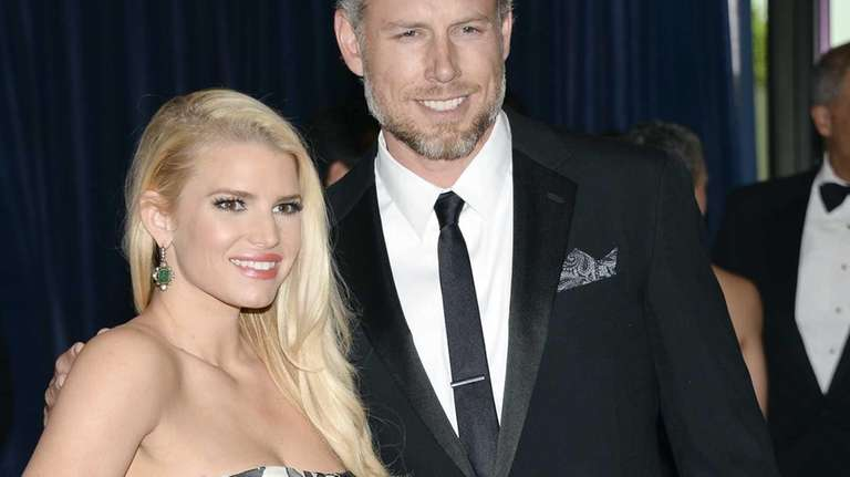 Jessica Simpson and Eric Johnson attend the White