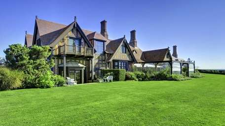 The Southampton estate Wooldon Manor has sold for
