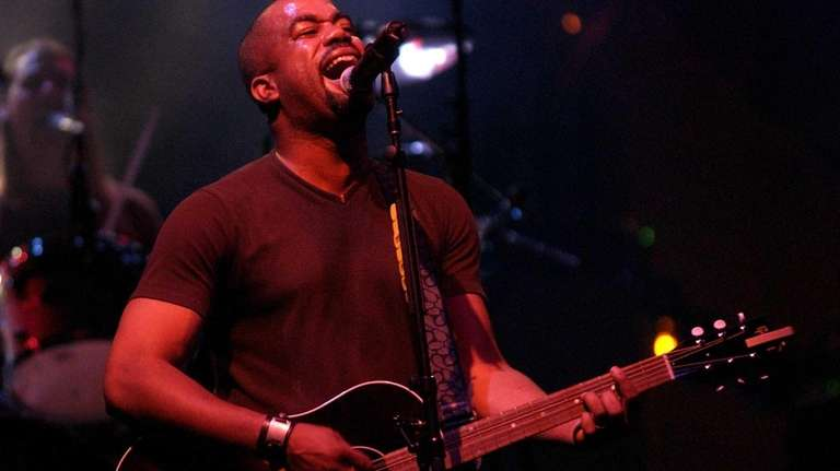 Hootie And The Blowfishs Darius Rucker Bringing His Country Sound