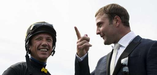 Frankie Dettori talks to Wes Welker, wide receiver