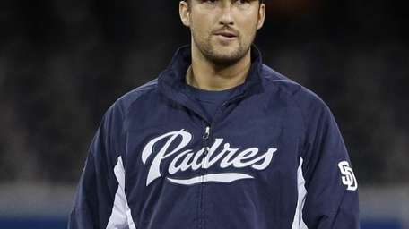 San Diego Padres closing pitcher Huston Street walks