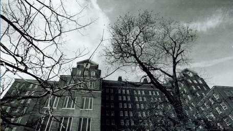 The Kings Park Psychiatric Center operated on Long