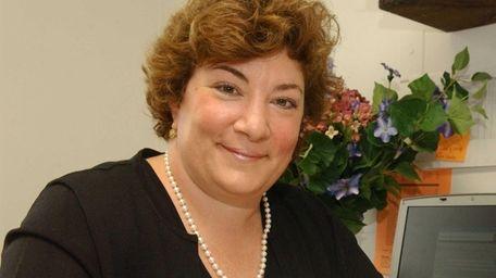 Elizabeth Gross Cohn of Sea Cliff has been