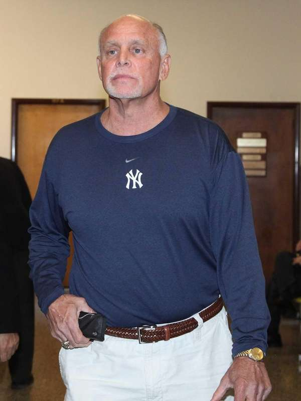 Former New York Yankee Ron Blomberg offers testimony