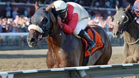 Wicked Strong runs to a win in the