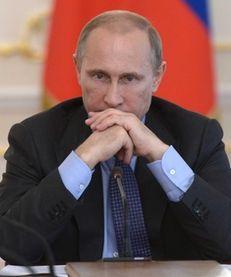 Russian President Vladimir Putin heads the Cabinet meeting