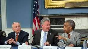 Mayor Bill de Blasio hosts a roundtable on