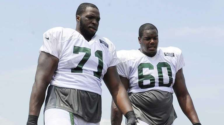New York Jets offensive tackle Ben Ijalana (71)