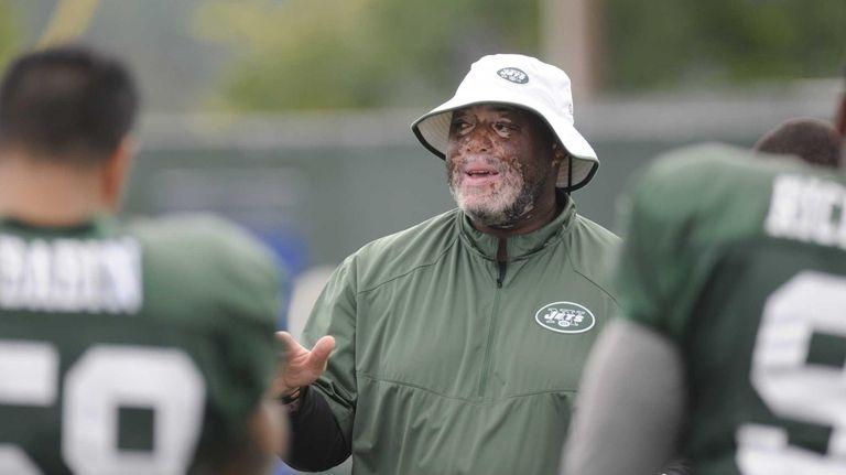 Jets Defensive Line Coach Karl Dunbar During NFL