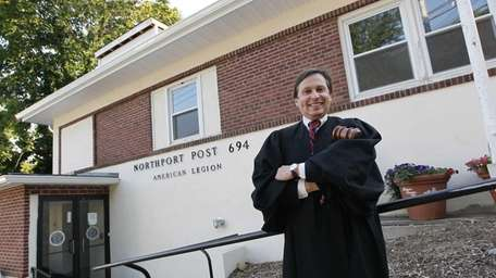 Judge Senzer at the main entrance of the