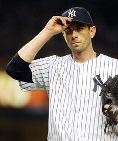 Brandon McCarthy of the Yankees tips his cap