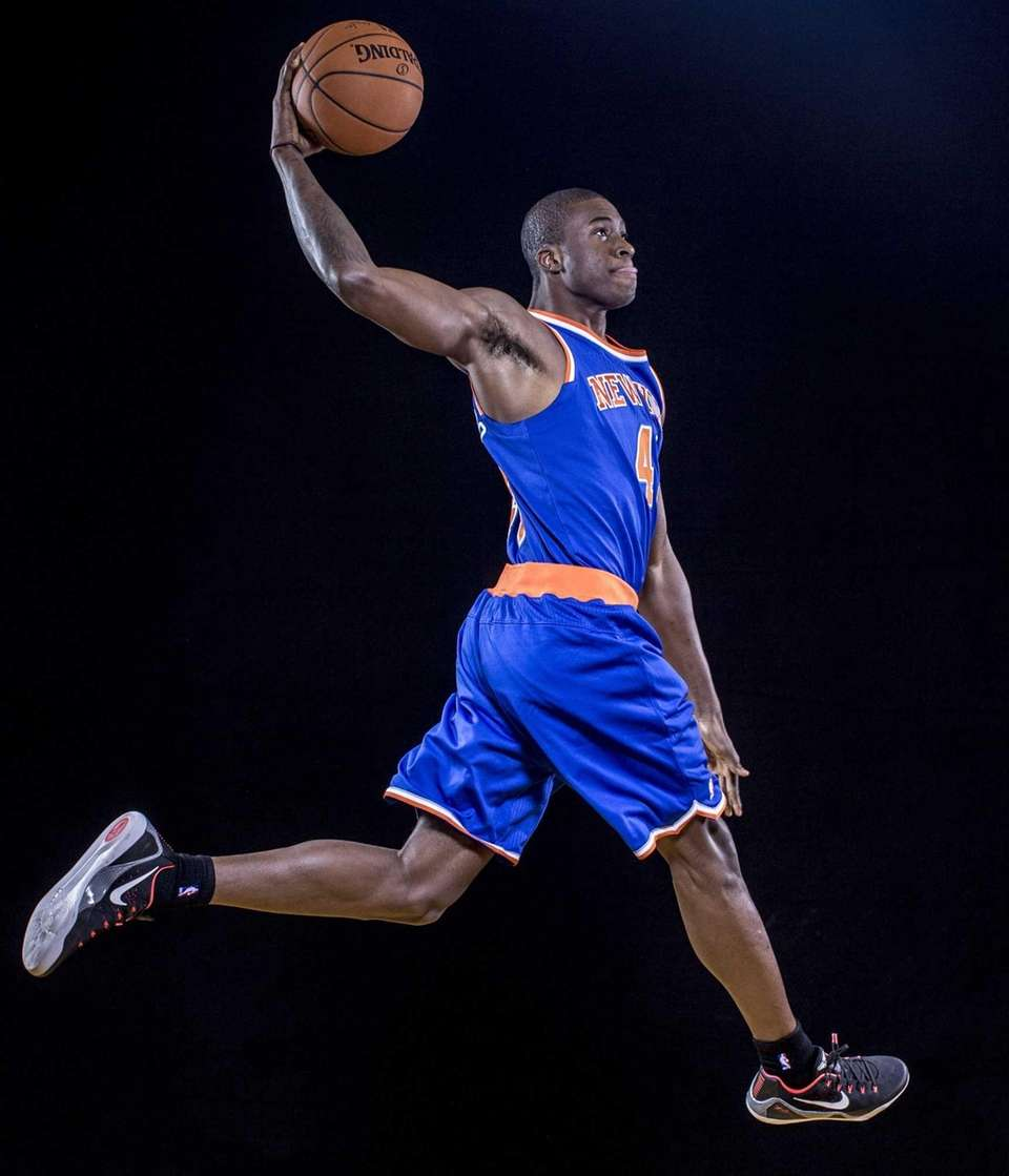 Thanasis Antetokounmpo #43 of the Knicks poses for