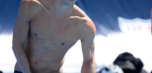 Michael Phelps prepares for his race in the