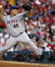 Mets' Bartolo Colon pitches during the third inning