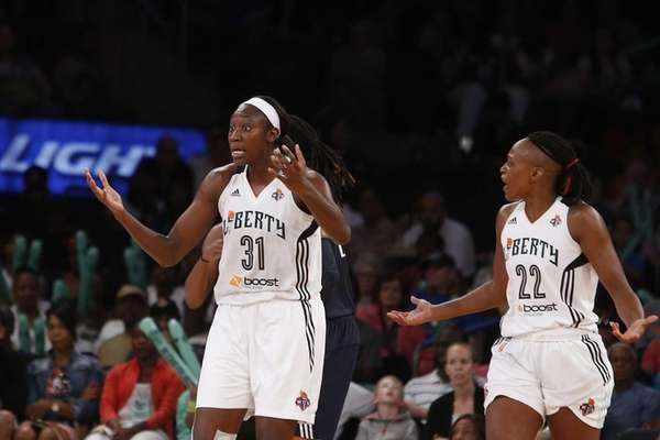 New York Liberty's Tina Charles (31) and Charde