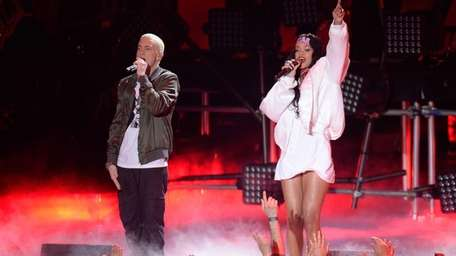 Eminem and Rihanna perform at the 2014 MTV