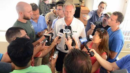 New York Jets general manager John Idzik talks