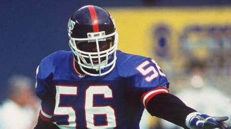Giants linebacker Lawrence Taylor against the Dallas Cowboys