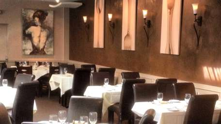 The main room at Caf� Testarossa in Syosset