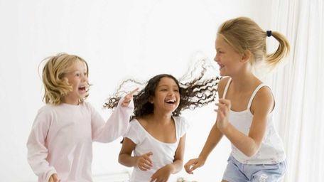Seven tips for a fun summer slumber party.