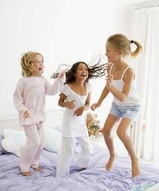 Seven tips for a fun summer slumber party.