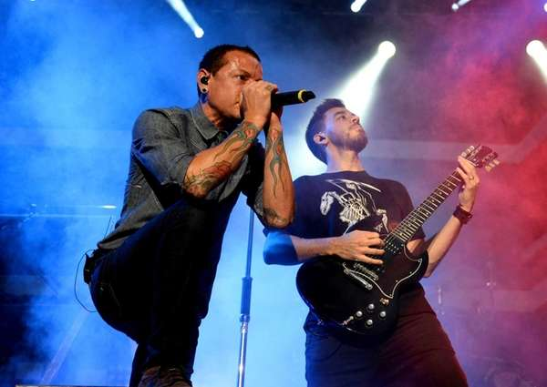 Chester Bennington, left, and Mike Shinoda of Linkin