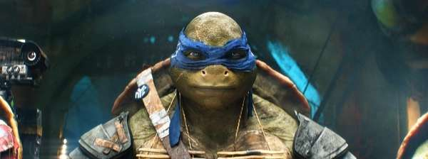 """""""Teenage Mutant Ninja Turtles"""" topped the box office"""