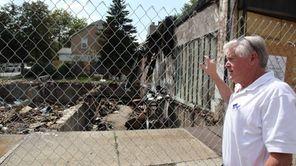 Williston Park Mayor Paul Ehbar stands by storefronts