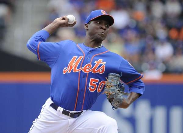 Mets starting pitcher Rafael Montero delivers a pitch