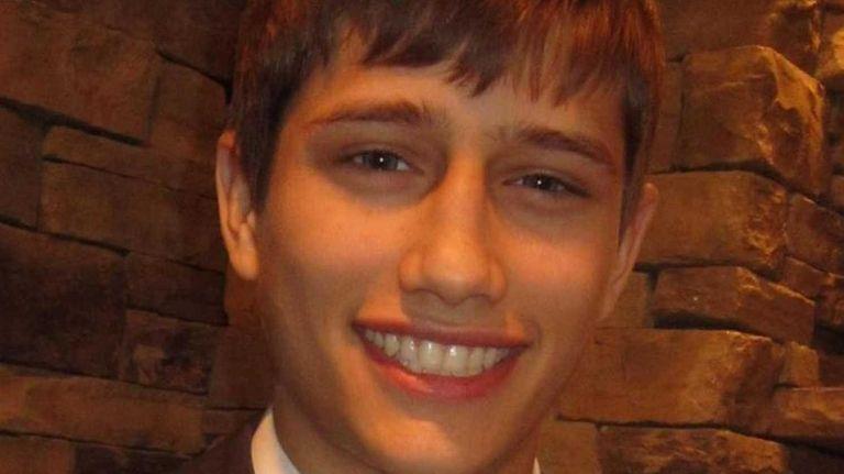 Matthew O'Connell, a junior at Commack High School,