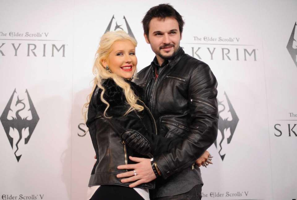 Parents: Christina Aguilera and Matthew Rutler Child: Summer