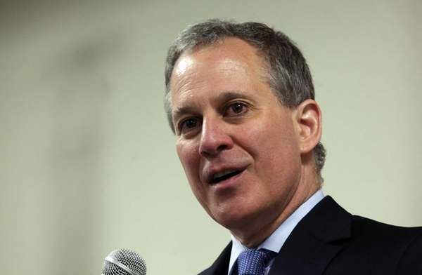 State Attorney General T. Eric Schneiderman speaks in