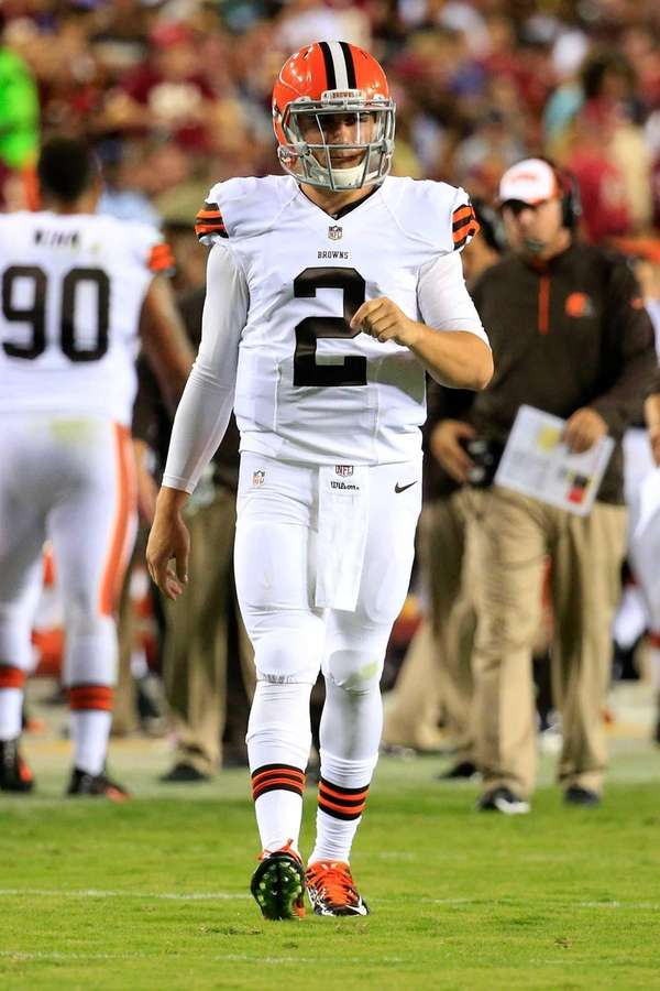 Cleveland Browns quarterback Johnny Manziel takes the field